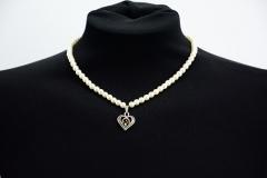 Perlenkette Herzanhänger Topaz